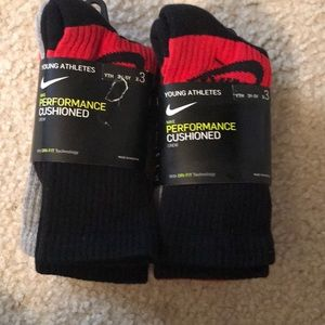 Two 3packs of youth Nike crew socks size 3y-5Y